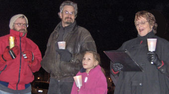 4 of the UUs in Boise's vigil for a moral budget, Julie Fanselow photograph