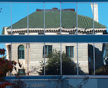 Reflection of Decatur's old Courthouse, Nov. 2008
