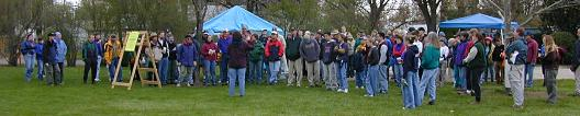 Volunteers at Camelsback park, Earth Day (Apr. 21), 2001