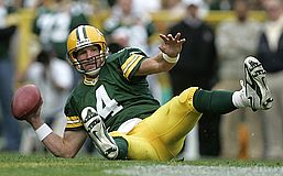 One of a zillion photos I didn't take of Brett Favre