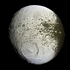 The other side of Saturn's moon Iapetus