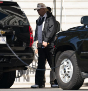 Evan Tucci photo, Trump leaving the White House to golf, Nov. 7